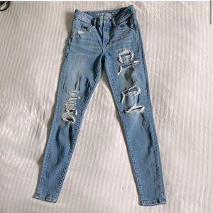 AEO Super Stretch Skinny Distressed Jean size 2